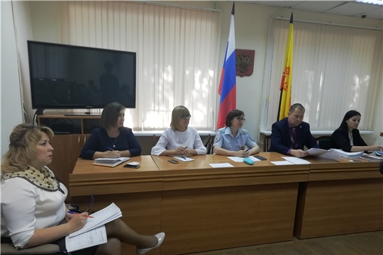 О заседании комиссии по делам несовершеннолетних и защите их прав