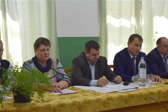 В рамках Единого информационного дня Алексей Грищенко встретился с трудовыми коллективами коммунальных предприятий города Шумерля