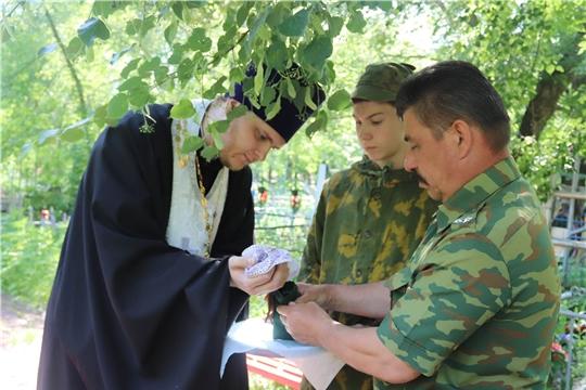 Память похороненных в Алатыре солдат увековечат в Москве