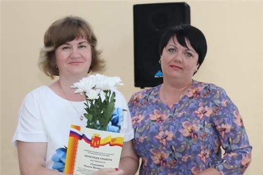 Работников системы здравоохранения Алатыря поздравили с профессиональным праздником