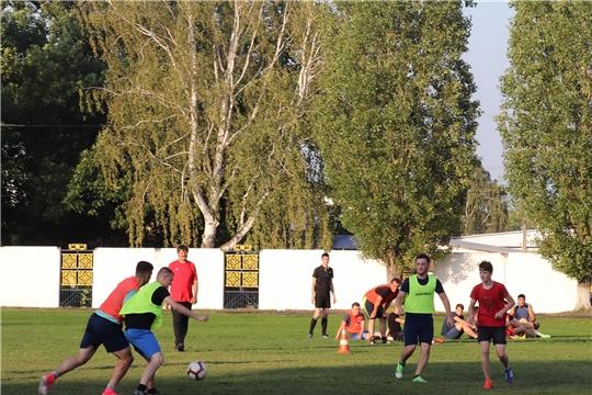 В Алатыре прошло первенство города по миди-футболу, посвящённое Международному дню борьбы с наркоманией