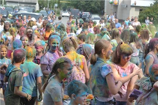 В Алатыре прошёл традиционный «Фестиваль красок»