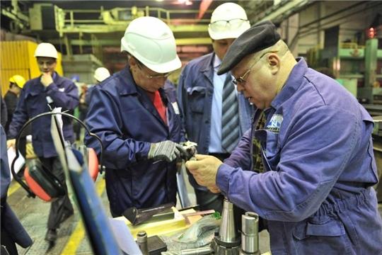 Граждане предпенсионного возраста смогут получить новую профессию или повысить квалификацию за счёт центра занятости населения