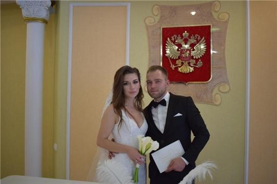 Сезон «осенних браков» в Алатыре успешно открыт