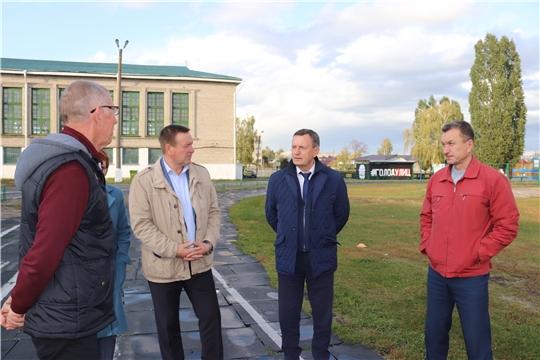 С участием министра физической культуры и спорта Чувашии М.В. Богаратова обсуждены вопросы, касающиеся  реконструкции спортивных объектов Алатыря