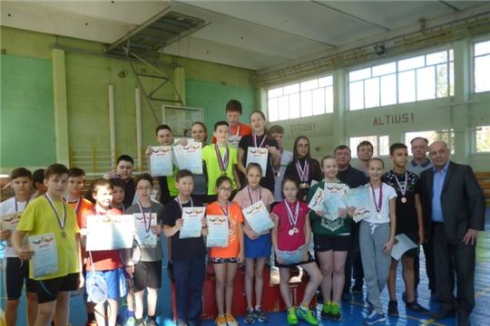 В Чебоксарах состоялся городской турнир по бадминтону, посвященный Дню Космонавтики
