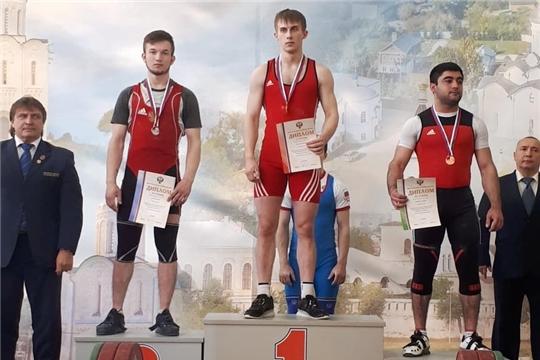 Чебоксарский тяжелоатлет стал серебряным призёром Первенства России