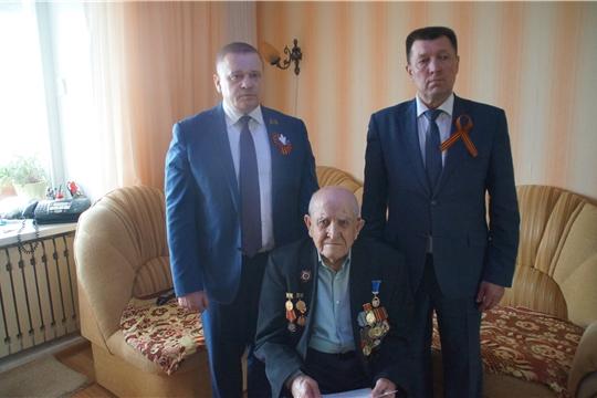 Калининский район: накануне Дня Победы ветеранам вручены юбилейные медали «В память о 550-летии Чебоксар»