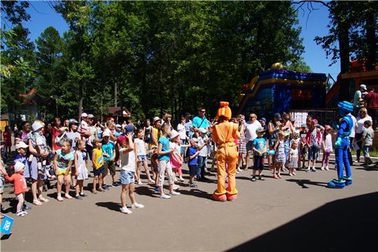 К 550 – летию г. Чебоксары: в парке «Лакреевский лес» состоялась праздничная программа «Чебоксары – город-сказка!»