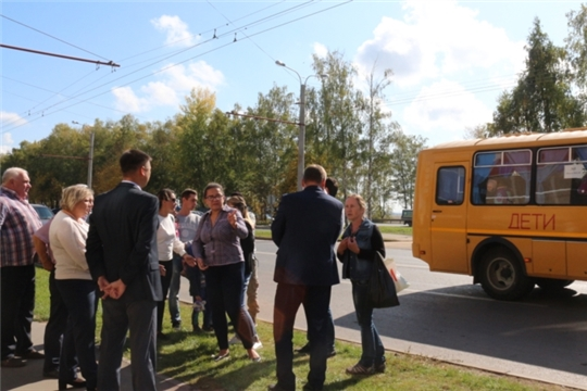 С родителями школьников из микрорайона «Новый город» обсудили вопросы перевозки детей