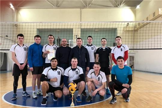 Сборная команда города Канаш - призер чемпионата Чувашской Республики по волейболу среди мужских команд городов и районов второй лиги
