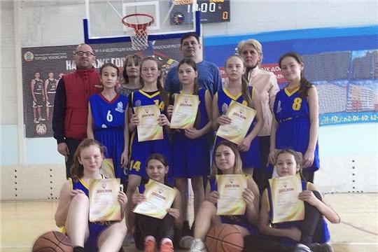Команда девушек г. Канаш - победитель первенства Чувашской Республики по баскетболу среди девушек до 14 лет