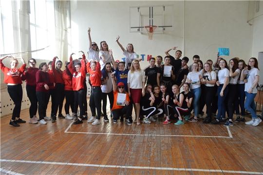 В Канаше состоялся конкурс непрофессиональных танцев «Стартинейджер»