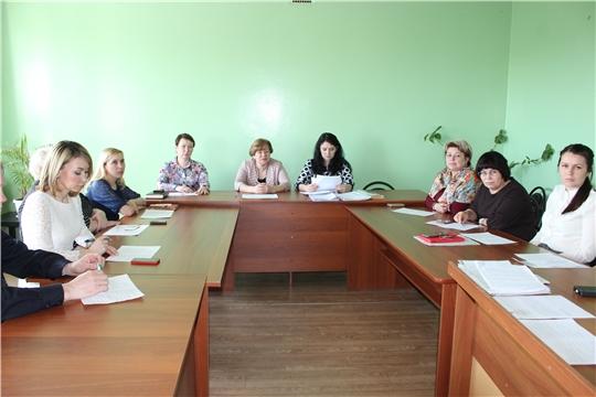 Заседание комиссии по делам несовершеннолетних и защите их прав прошло в администрации города Канаш