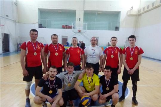 Определился обладатель Кубка города Канаш по волейболу среди мужских команд 2019 года