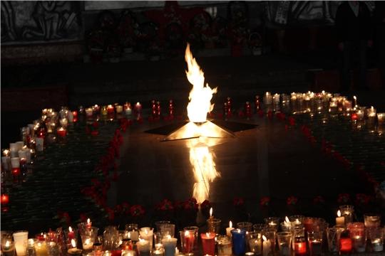 В Канаше прошла акция «Зажги свечу памяти»