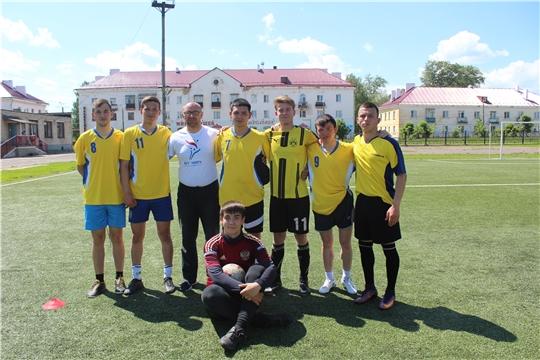 Команда города Канаш выигрывает зональный этап соревнований Спартакиады среди обучающихся АОПО Чувашской Республики по мини-футболу