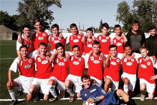 Команда старших юношей ФК «Локомотив» завершает первую часть сезона в числе лидеров первенства Чувашской Республики по футболу в своей возрастной группе