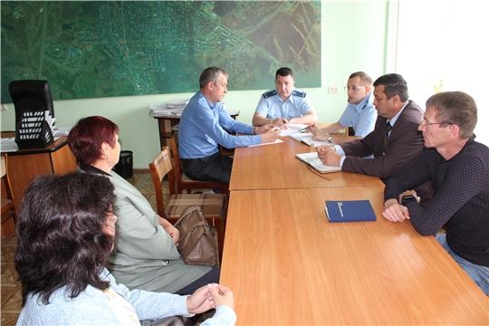 В администрации города Канаш прошел прием граждан по вопросам соблюдения законодательства в сфере жилищно-коммунального хозяйства