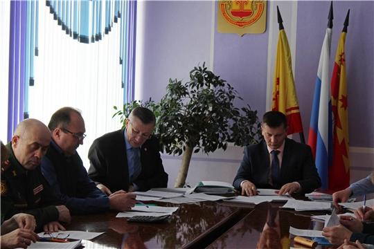 Руководитель республиканского чрезвычайного ведомства на заседании КЧС и ОПБ в Канаше