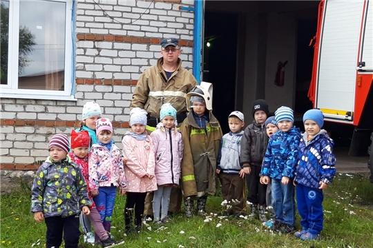 Познавательная встреча огнеборцев республиканского МЧС с малышами