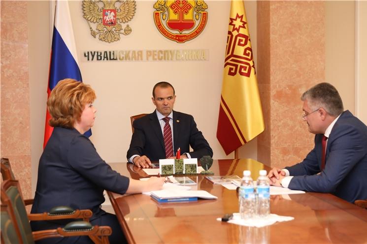 Глава Чувашии Михаил Игнатьев встретился с главой администрации г. Новочебоксарск Ольгой Чепрасовой.