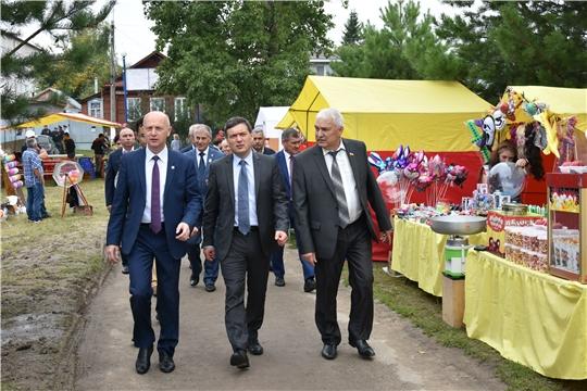 В День города в Ядрине открылась новая начальная школа