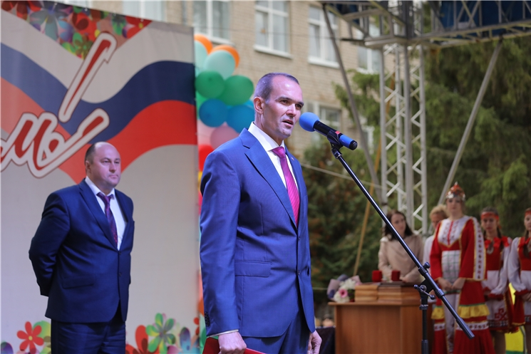 Глава Чувашии Михаил Игнатьев поздравил шумерлинцев с Днём города Шумерли
