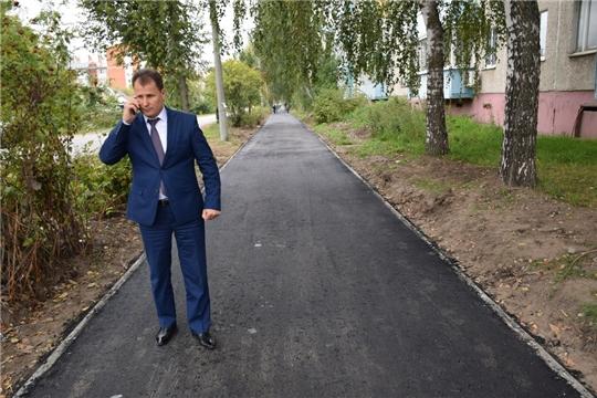 Глава администрации на строительных обектах: тротуарах по ул. К. Маркса, Октябрьская и площадках под блочно-модульные котельные