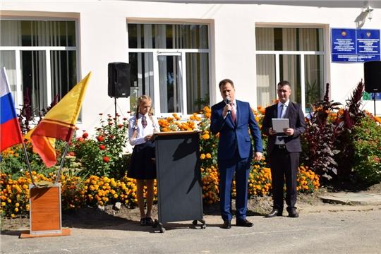 Глава администрации Алексей Григорьев поздравил с началом нового учебного года