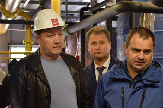 В рамках Единого информационного дня в городе Шумерле проинспектирован ход работ на ряде социально-важных объектов