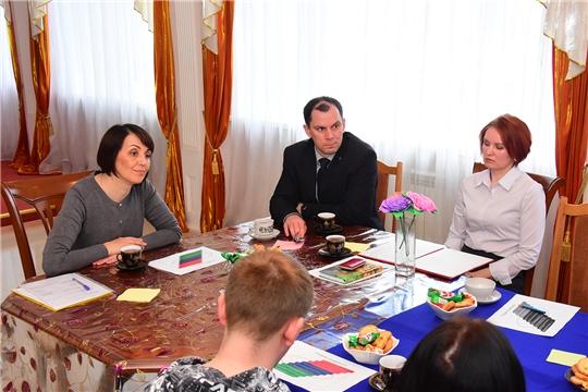 В Ибресинском районе прошла встреча с семейными парами в целях укрепления семьи и профилактики разводов