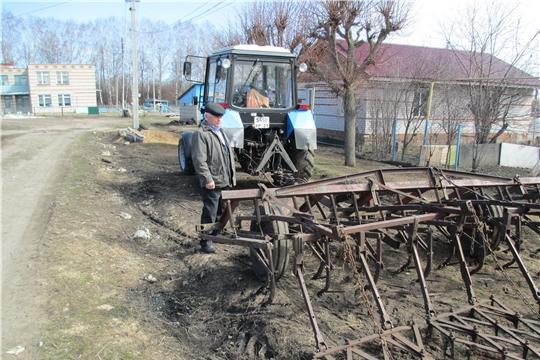 В Ибресинском районе весенние полевые работы 2019 года начались