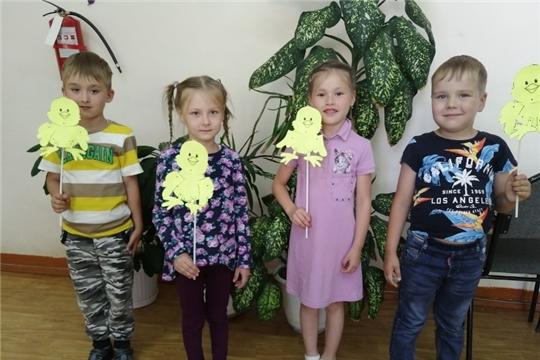 В Детской библиотеке ЦБС Ибресинского района состоялся кроссворд-батл «Мы из сказок дедушки Чукоши»