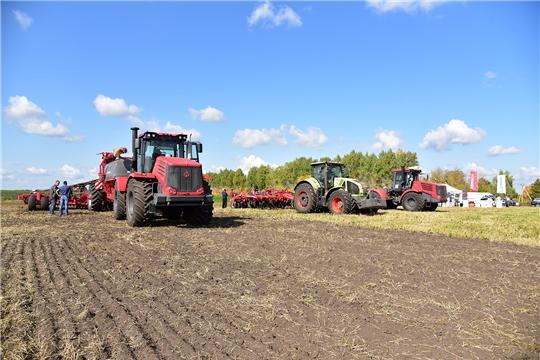 На базе ООО «Агрофирма «Пионер» состоялся семинар по применению почвообрабатывающей техники фирмы HORSCH