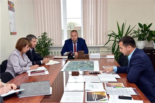 На заседании комиссии по вопросам развития ЖКХ Ибресинского района рассмотрены вопросы подготовки к отопительному сезону, проведения капремонта, установки евроконтейнеров