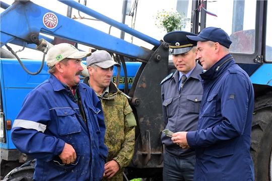 Начальник Гостехнадзора Чувашии Сергей Вязовский с рабочим визитом посетил Ибресинский район