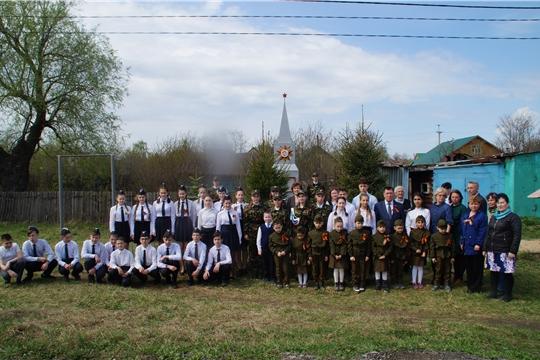 Жители Калининского района почтили память героев, павших в годы войны