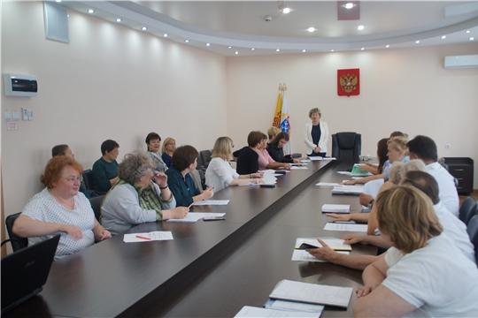 Калининский район: на повестке дня - профилактика детской безнадзорности и правонарушений в летний период