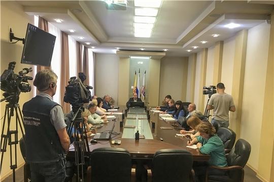 Защиту прав участников долевого строительства и причины долгостроев обсудили на брифинге в администрации города Чебоксары