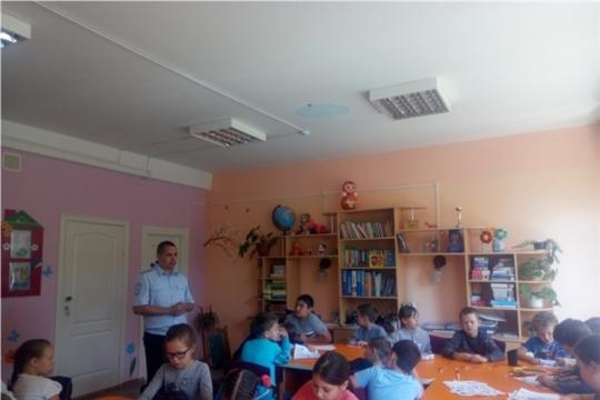 В комплексном центре г. Чебоксары детям напомнили о правилах дорожного движения