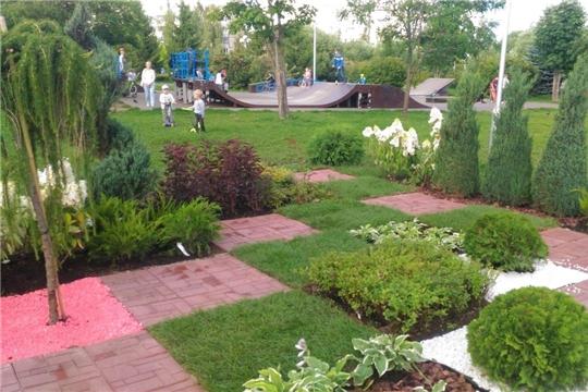 Чебоксарам – 550: на благоустроенном общественном пространстве разбит цветочный уголок