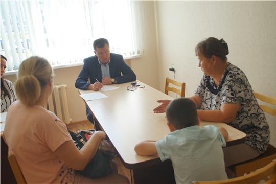 Глава администрации Калининского района ответил на злободневные вопросы граждан