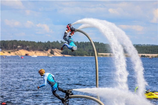 Фестиваль водных видов спорта прошёл на Московской набережной