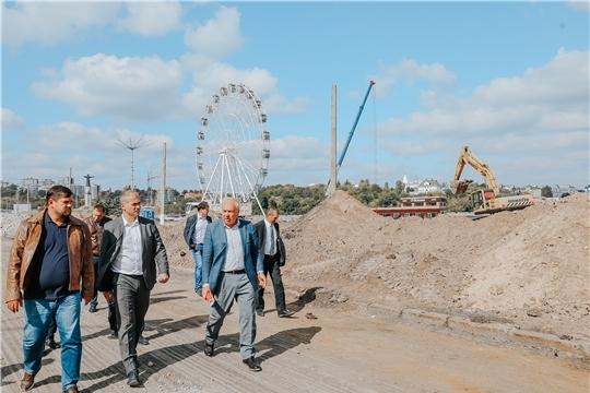 Глава администрации Алексей Ладыков проверил ход строительства и реконструкции объектов в городе Чебоксары