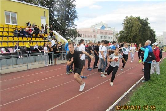 5 образовательных учреждений представят Калининский район Чебоксар на легкоатлетической эстафете газеты «Советская Чувашия»