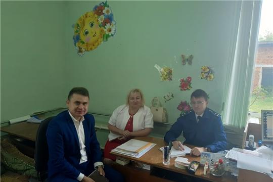 В Тюрлеминском сельском поселении состоялся прием граждан прокурором Козловского района