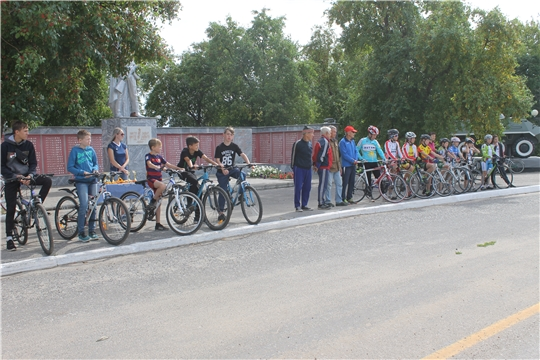 День г. Козловка: состоялся велозабег на призы уроженца Козловского района Льва Петрова