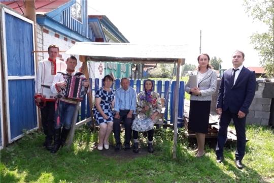 В Международный день семьи в районе чествовали супругов Куличевых, которые прожили в браке 55 лет