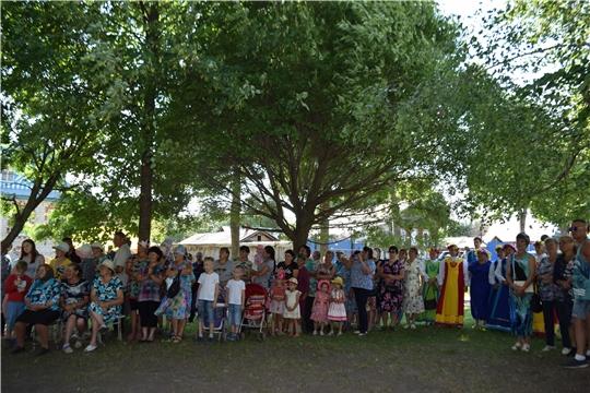 В деревне Русские Атаи отпраздновали обрядовый праздник «Кукла»